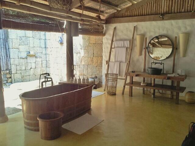Beach Villa Bathrooms